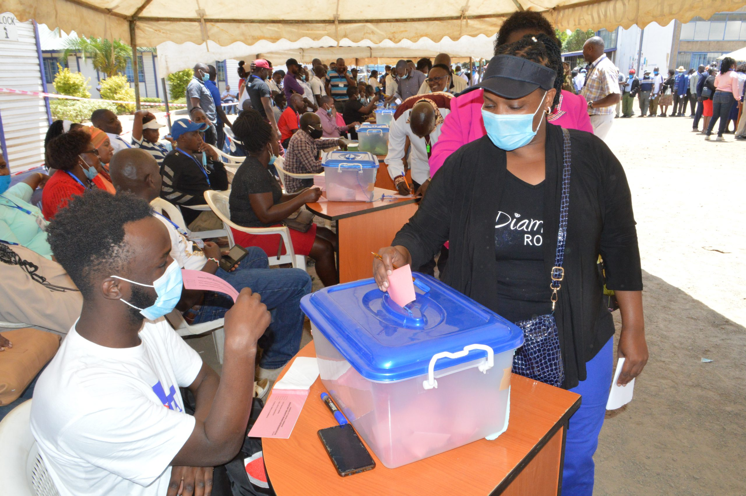 A staff member casts her ballot during The Kenya County Government Workers Union (Nairobi Branch) elections held at Kampala Road, Headquarters.